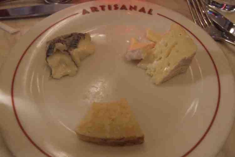 ctmy15-artisanal cheese plate